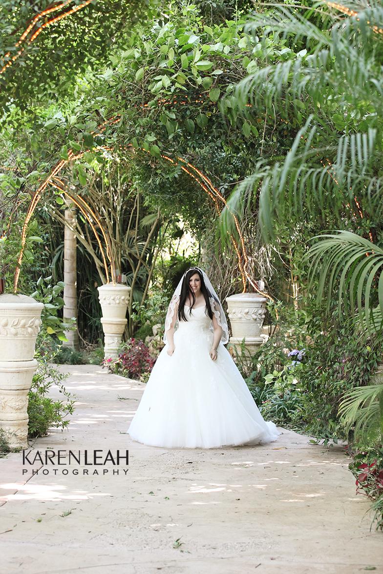 Hartley-Botanica-Wedding-Photographer-007
